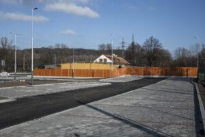 dokončené parkoviště Hlučínská