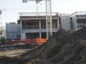 foto z výstavby hal